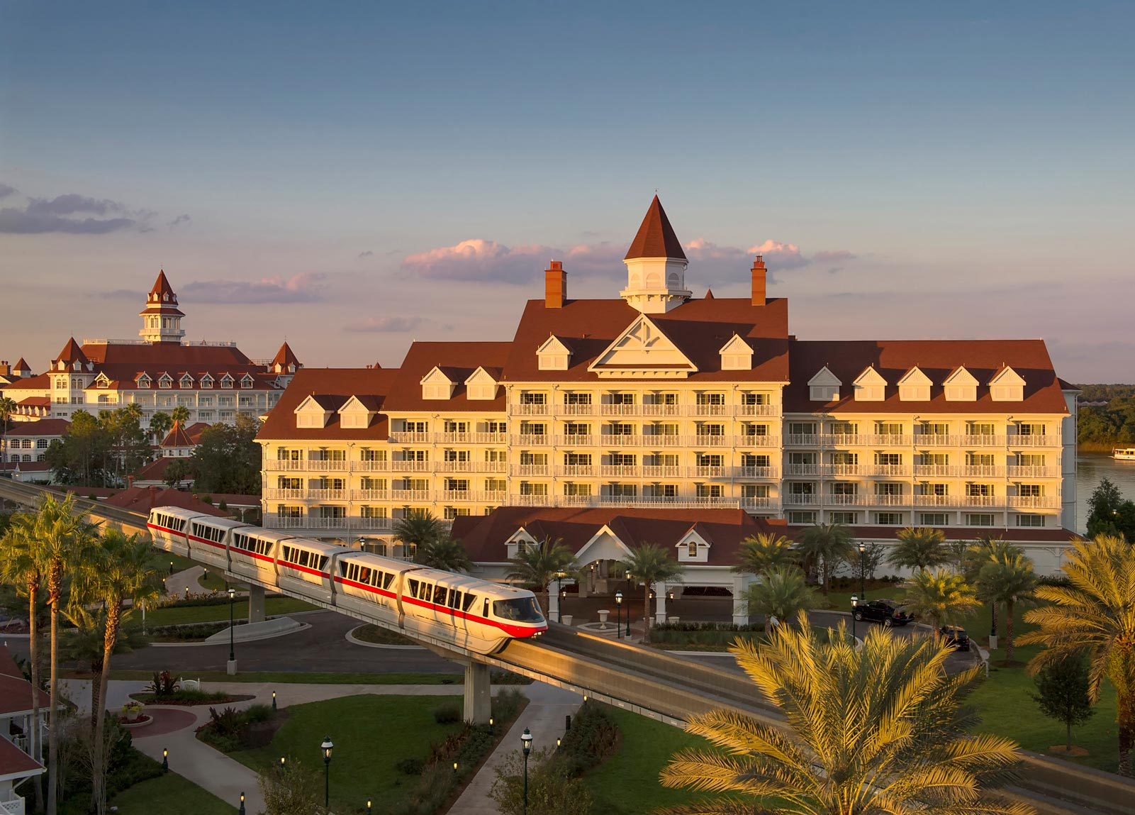 Orlando luxury hotels 5 star hotels in orlando for Luxury hotel accommodation