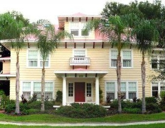 Colonial Bayfront Hotel