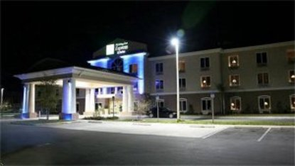 Holiday Inn Express Hotel & Suites Silver Springs Ocala