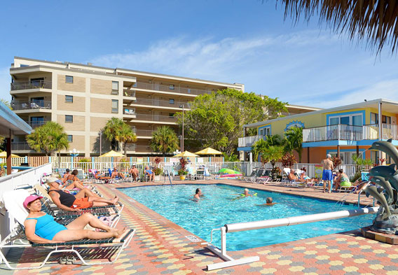 Hotels Tropicana Field St Petersburg