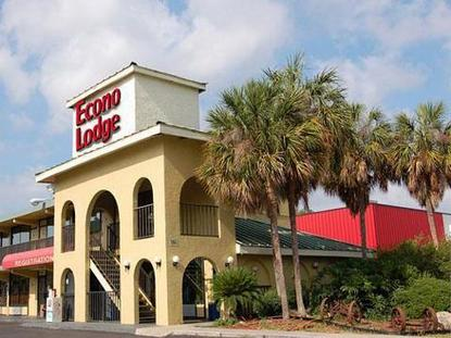 Econo Lodge At Busch Gardens