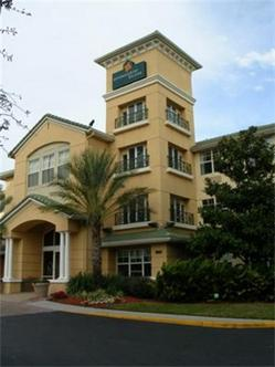 Extended Stay Deluxe Tampa   Airport   N. West Shore Blvd.