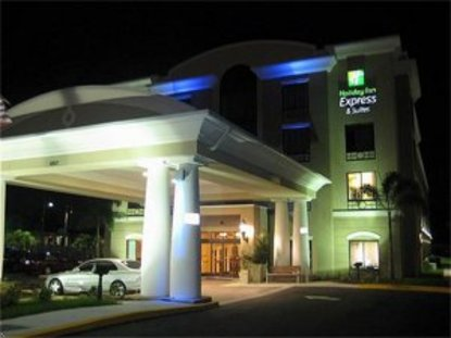 Holiday Inn Express Hotel & Suites Usf Busch Gardens