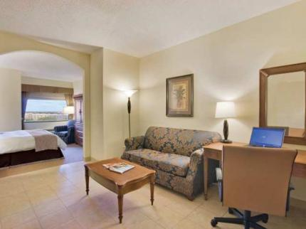 Doubletree Hotel West Palm Beach Airport West Palm Beach Deals