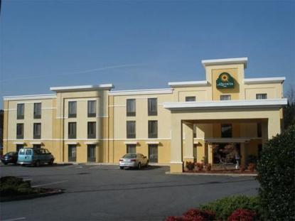 Holiday Inn Express Acworth