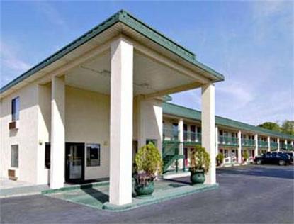 Super 8 Motel  Ashburn