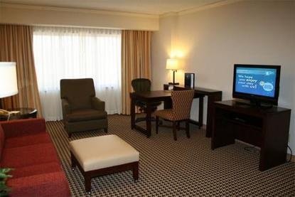 Embassy Suites Hotel Atlanta Perimeter Center