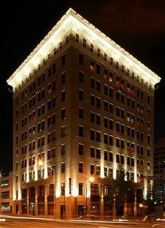 The Glenn Hotel