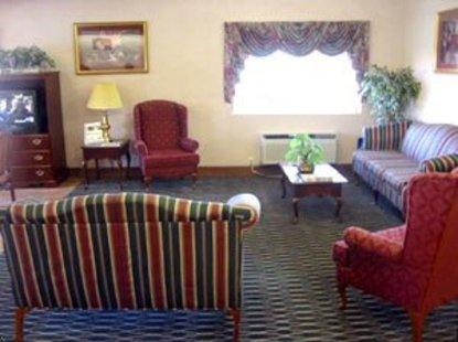Best Western Inn And Suites Byron