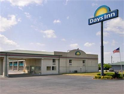 Byron Days Inn