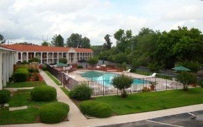 Best Western Hilltop Inn
