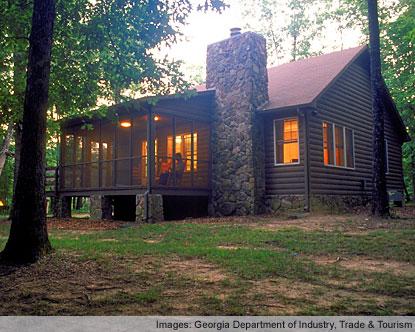 Savannah georgia savannah historic district for Cabin rentals near savannah ga