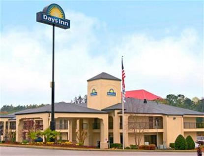 Stockbridge Days Inn And Suites