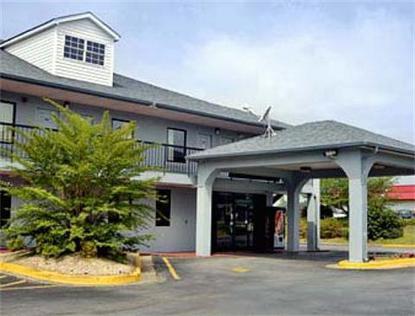 Super 8 Motel   Newnan
