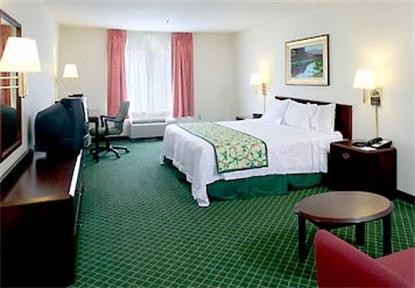 Fairfield Inn And Suites By Marriott Savannah Airport