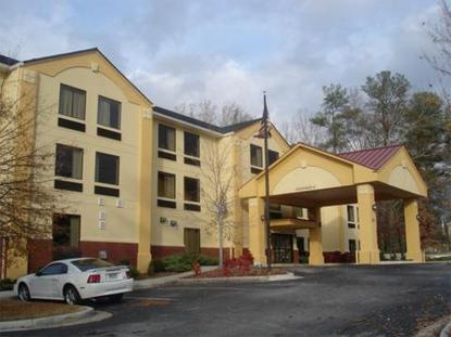 Super 8 Motel   Snellville