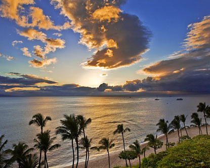 Maui beaches are the prime focal point of travelers heading to the Hawaiian ...