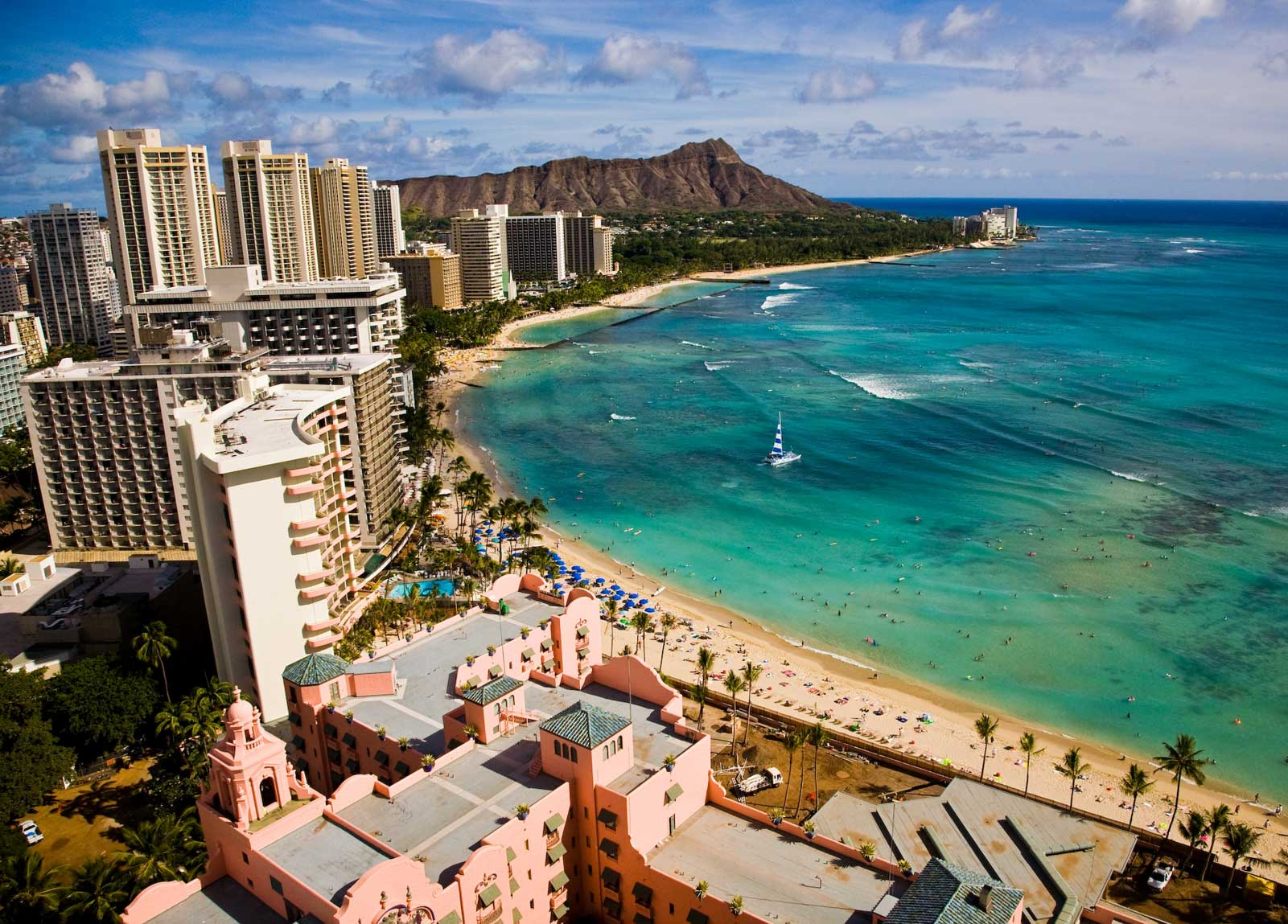 http://www.destination360.com/north-america/us/hawaii/oahu/images/s/waikiki-beach.jpg