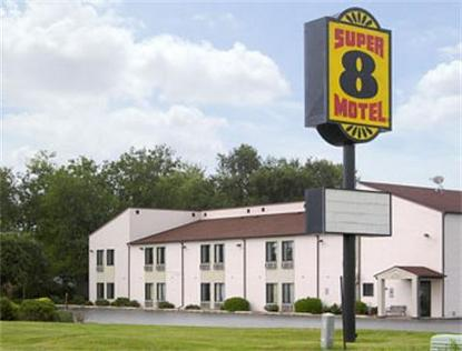 Super 8 Motel   Canton