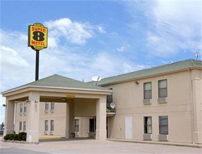 Super 8 Motel   Chenoa