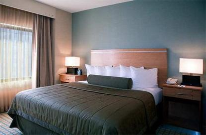 Embassy Suites Hotel Chicago O' Hare Rosemont