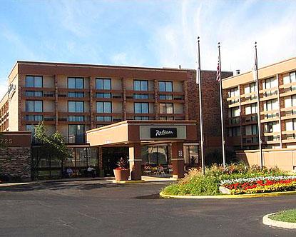 Schaumburg hotels hotels in schaumburg il - Hotels near garden of the gods illinois ...