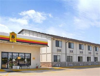 Super 8 Motel   Macomb