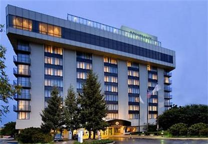 Renaissance Oak Brook Hotel
