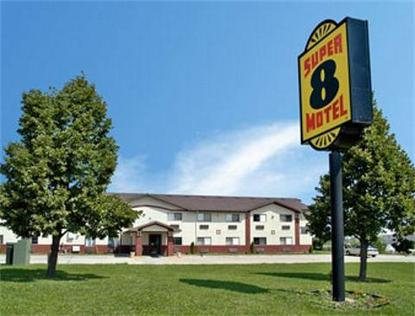 Super 8 Motel   Washington/Peoria Area