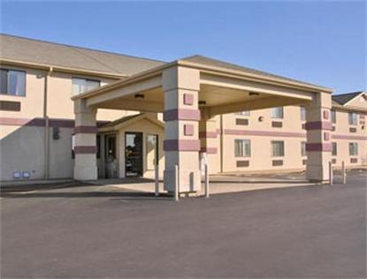 Super 8 Motel   Yorkville