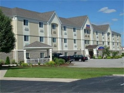 Candlewood Suites Elkhart Elkhart Deals See Hotel Photos Attractions Near Candlewood Suites