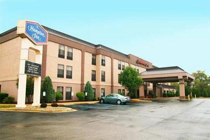 Hampton inn fremont fremont deals see hotel photos for 360 salon fremont