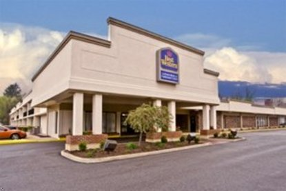 Best western laporte hotel la porte deals see hotel photos attractions near best western for Jobs near la porte in