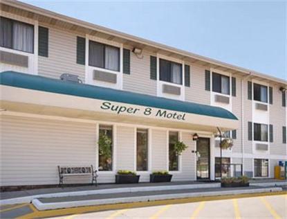 super 8 motel iowa city coralville coralville deals see. Black Bedroom Furniture Sets. Home Design Ideas