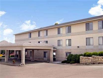Super 8 Motel   Maquoketa
