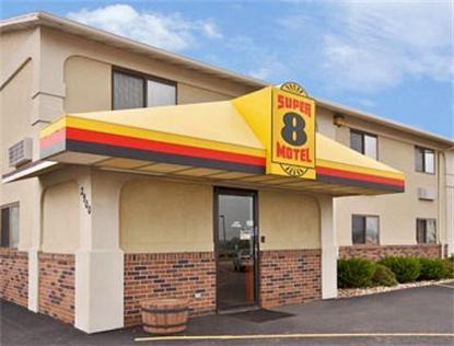 Super 8 Motel   Muscatine