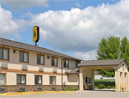Super 8 Motel   Newton