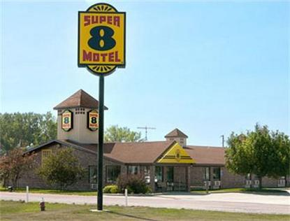 Super 8 Motel   Onawa