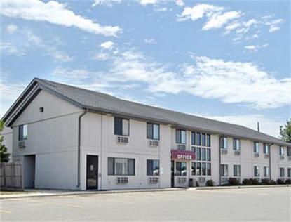 Super 8 Motel   Sibley