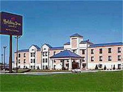 Holiday Inn Express Hotel & Suites Hutchinson