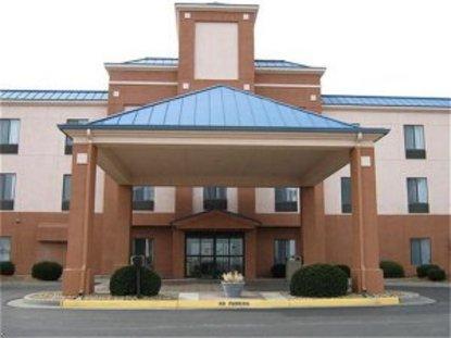 Holiday Inn Express Hotel & Suites Lansing Leavenworth