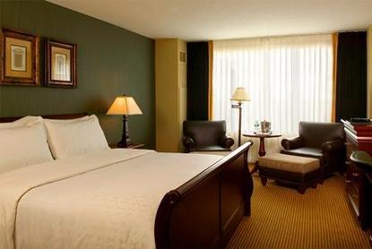 Sheraton Overland Park Hotel