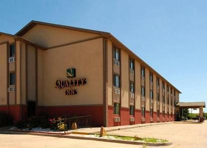 Quality Inn Topeka