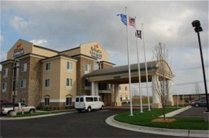 Holiday Inn Express Hotel & Suites Wichita Airport