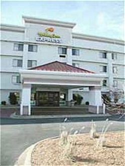 Holiday Inn Express Fort Campbell Oak Grove
