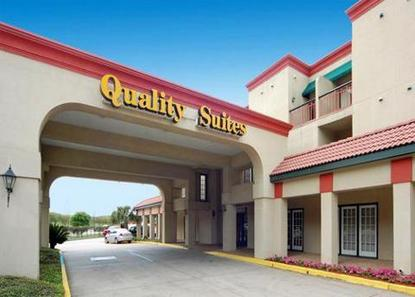 Quality Suites Bluebonnet Center