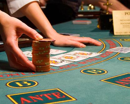 Paragoncasino com roulette casino table