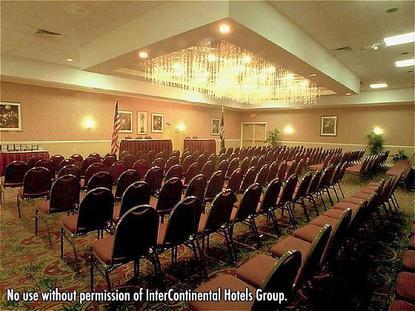 Holiday Inn Lafayette