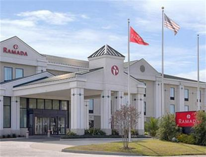 Ramada Inn Amp Suites New Orleans Airport Saint Rose Deals