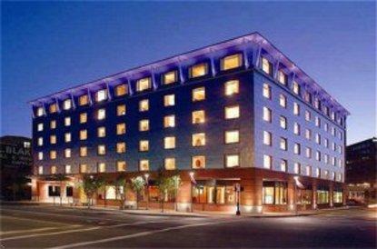 Hilton Garden Inn Portland Downtown Waterfront Portland Deals See Hotel Photos Attractions